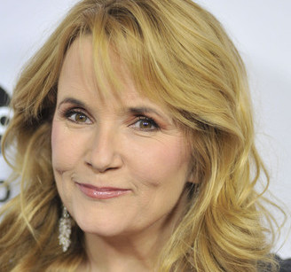 Lea Thompson Wiki, Bio, Husband, Divorce and Net Worth