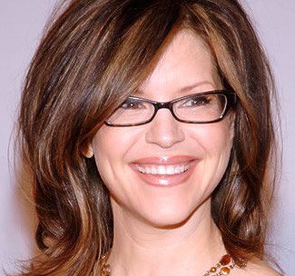 Lisa Loeb Wiki, Husband, Divorce, Boyfriend and Net Worth