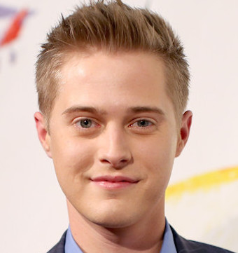 Lucas Grabeel Wiki, Bio, Girlfriend, Dating or Gay, Shirtless