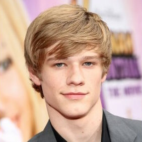 Lucas Till Wiki, Girlfriend, Dating or Gay/Shirtless