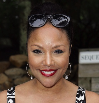 Lynn Whitfield Husband, Divorce, Children and Net Worth
