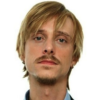 Mackenzie Crook Wiki, Wife, Divorce, and Net Worth