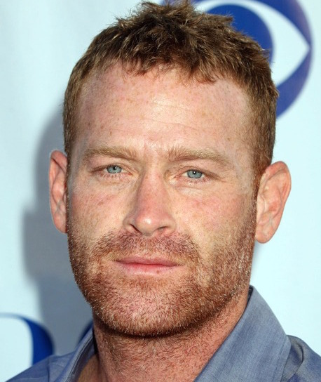 Max Martini Wiki, Wife, Divorce, Girlfriend or Gay and Shirtless
