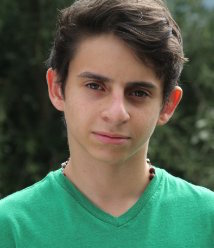 Moises Arias Wiki, Bio, Girlfriend, Dating or Gay, Shirtless