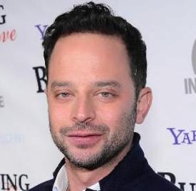 Nick Kroll Wiki, Girlfriend, Dating and Net Worth