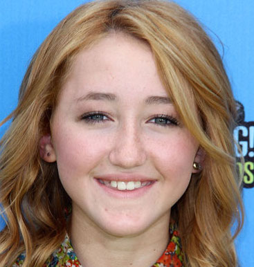 Noah Cyrus Wiki, Boyfriend, Dating and Parents