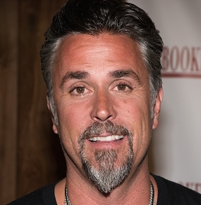 Richard Rawlings Wiki, Married, Wife, Girlfriend or Gay