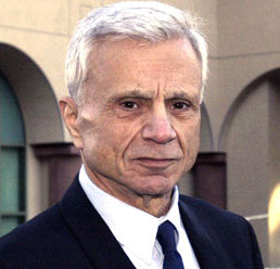 Robert Blake Wiki, Today, Dead or Alive and Net Worth
