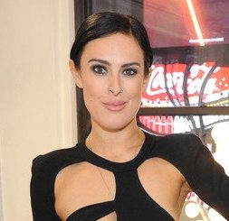 Rumer Willis Wiki, Boyfriend, Dating, Plastic Surgery and Net Worth