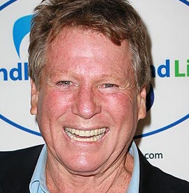 Ryan O'Neal Wiki, Wife, Divorce, Health, Young, Dead or Alive