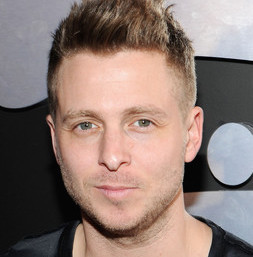 Ryan Tedder heterosexual o gay