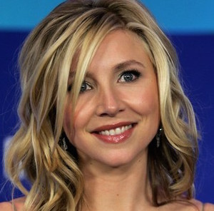 Sarah Chalke Wiki, Husband, Divorce, Lesbian and Net Worth