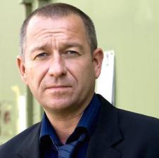 Sean Pertwee Wiki, Bio, Wife, Divorce and Net Worth