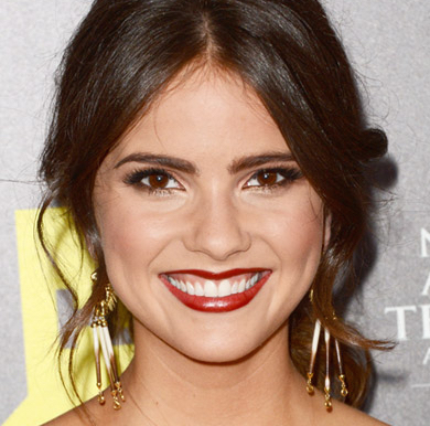 Shelley Hennig Wiki, Married, Husband or Boyfriend, Dating