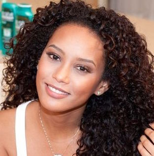 Actress Tais Araujo Wiki, Bio, Husband, Son and Net Worth