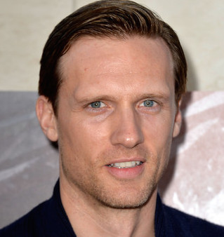 Teddy Sears Wiki, Wife, Girlfriend or Gay and Net Worth