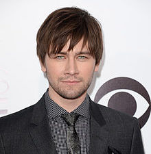 Torrance Coombs Wiki, Height, Girlfriend and Dating