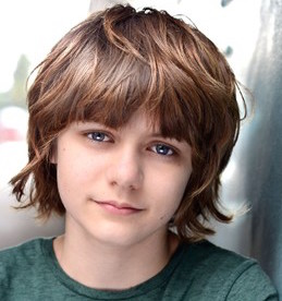 Ty Simpkins Wiki, Girlfriend, Dating, Height and Parents