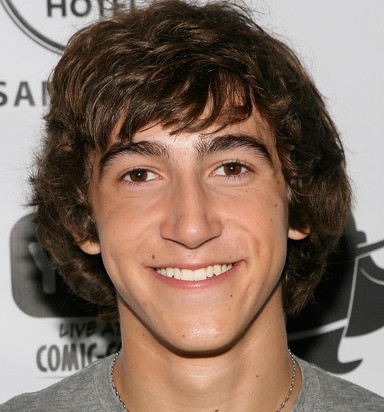 Vincent Martella Wiki, Bio, Girlfriend, Dating or Gay
