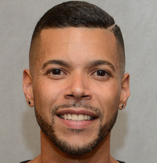 Wilson Cruz Wiki, Bio, Girlfriend, Dating or Boyfriend, Gay