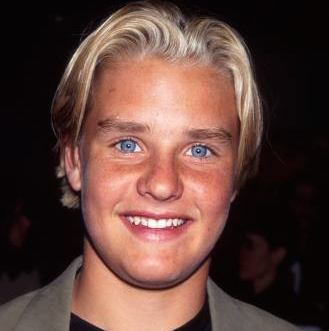 Zachery Ty Bryan Wiki, Wife, Divorce, Girlfriend or Gay and Net Worth