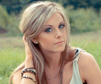 Lindsay Ell Wiki, Bio, Height, Boyfriend and Dating