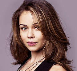 Alexis Dziena Wiki, Married, Husband and Measurements