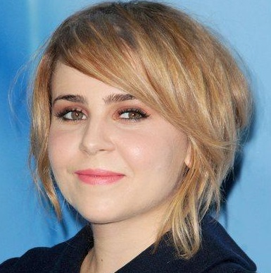 Mae Whitman Wiki, Weight Loss, Boyfriend and Dating